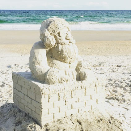 Sand sculpture, Santa Claus, Chimney on the beach